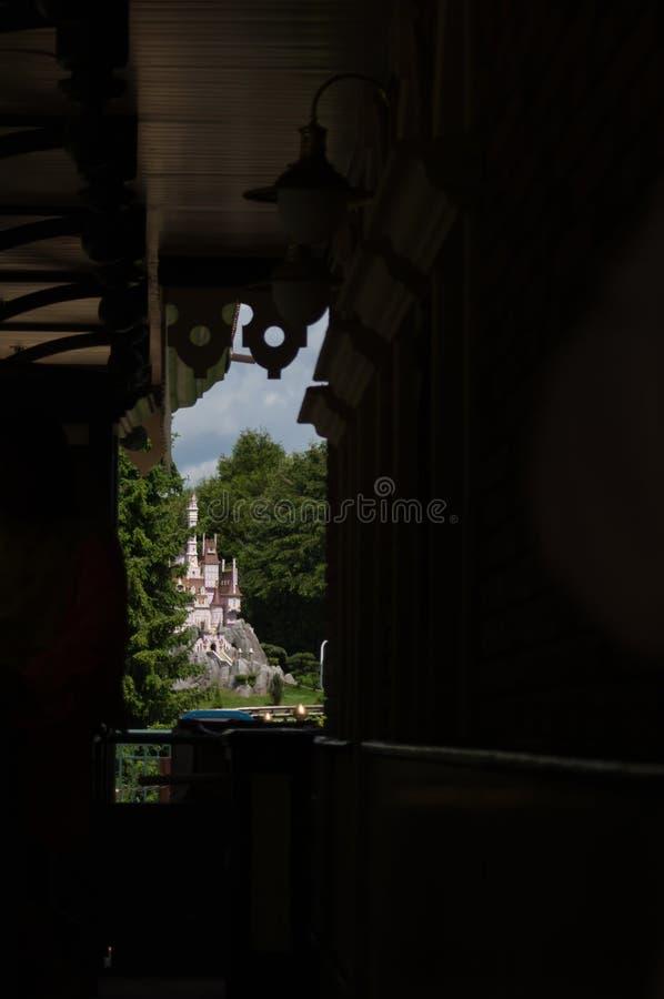 Видеть-ринв к поезду младшего Casey миниатюрному стоковое фото