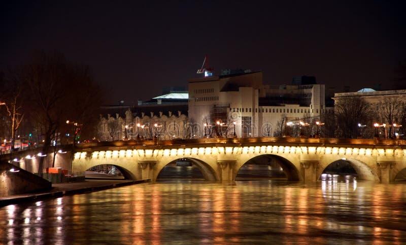 Виды на город Парижа стоковые фото