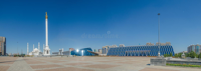 Виды Нур-Султана-Астаны, Казахстан стоковые изображения