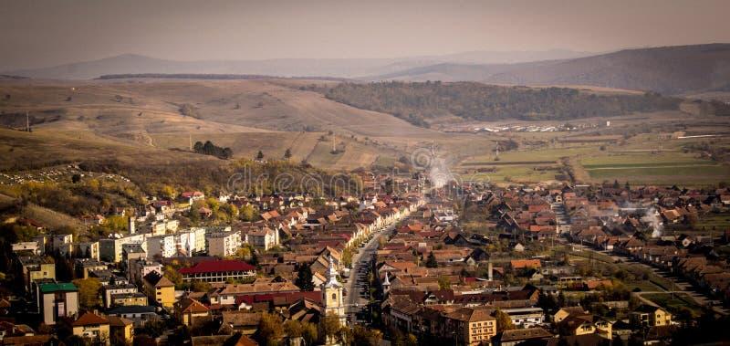 Вид на город Rupea от цитадели стоковые изображения rf