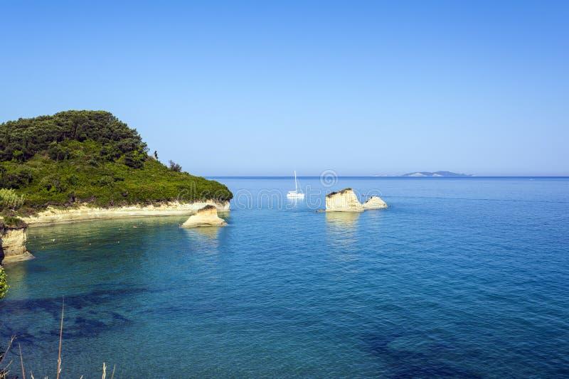 Вид на море на любов Sidari ` канала d, Корфу, Греции стоковое изображение
