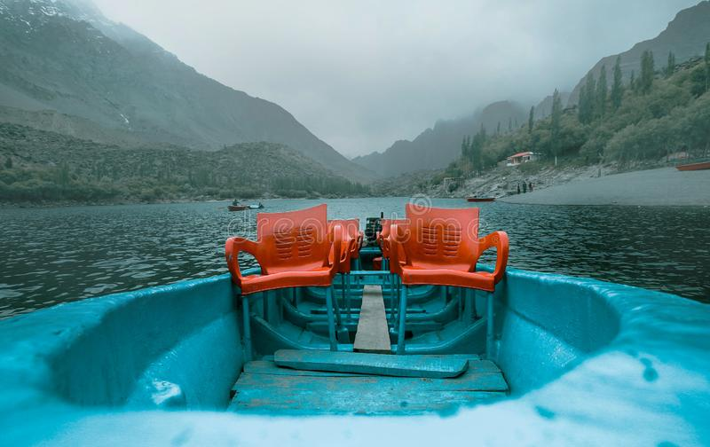 Вид на озеро от верхней части стоковое фото rf