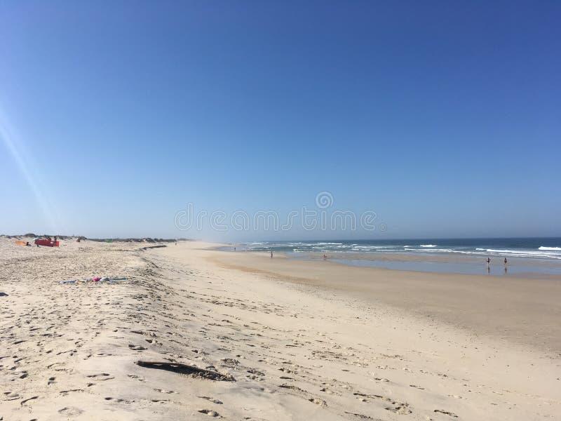 Вид на пляж Кова, Фигейра-да-Фоз, Португалия стоковая фотография rf