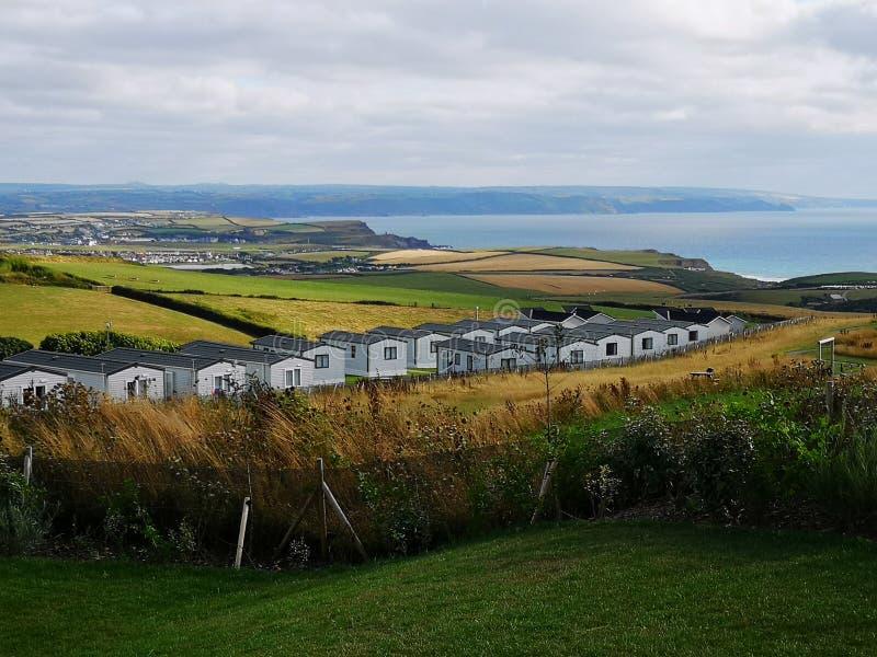 Вид на Bude и Sandymouth Bay Cornwall стоковое изображение rf
