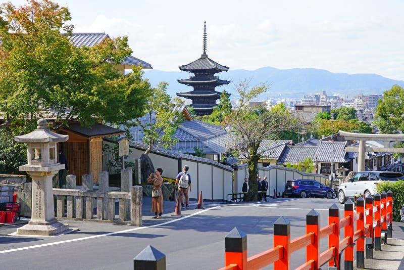 Вид отеля Park Hyatt Киотский в Киото, Япония стоковые изображения rf
