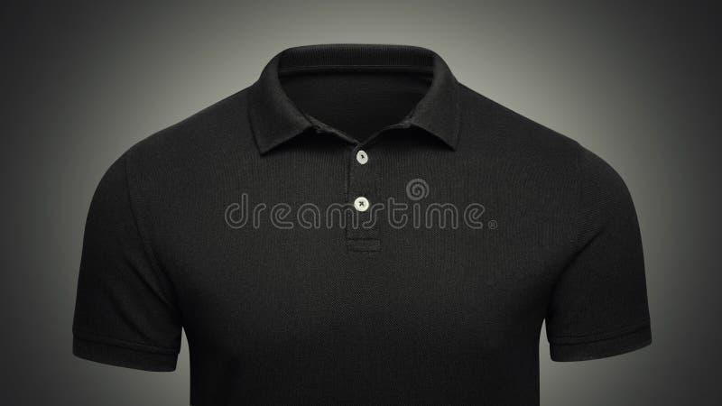 Вид спереди крупного плана концепции рубашки поло шаблона черное Модель-макет футболки поло с пустым космосом на воротнике для ва стоковые фотографии rf