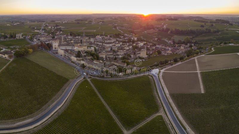 Вид с воздуха, виноградники Бордо, Святой-Emilion, отдел Жиронды, Франция стоковое изображение