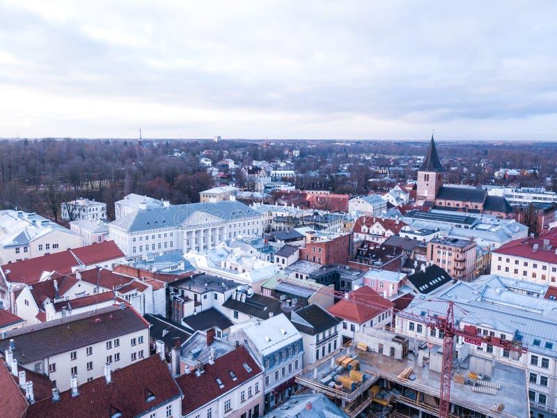 Вид с воздуха главного здания университета Tartu стоковое фото