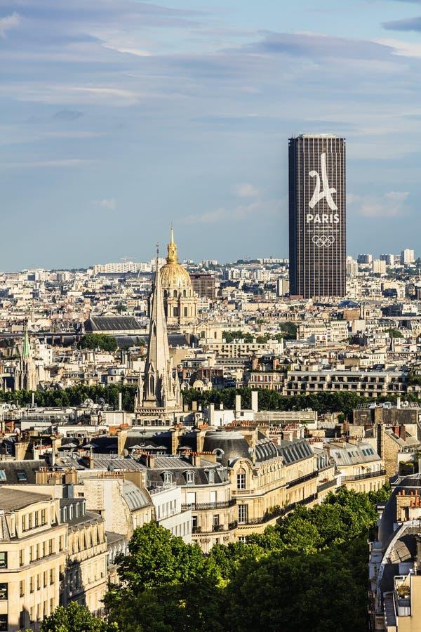 Вид с воздуха городского пейзажа Парижа с башней Montparnasse и Les i стоковые изображения
