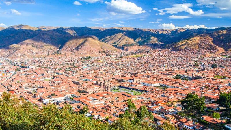 Вид с воздуха городского пейзажа Cusco с Площадью de Armas, Перу, Южной Америкой стоковые изображения