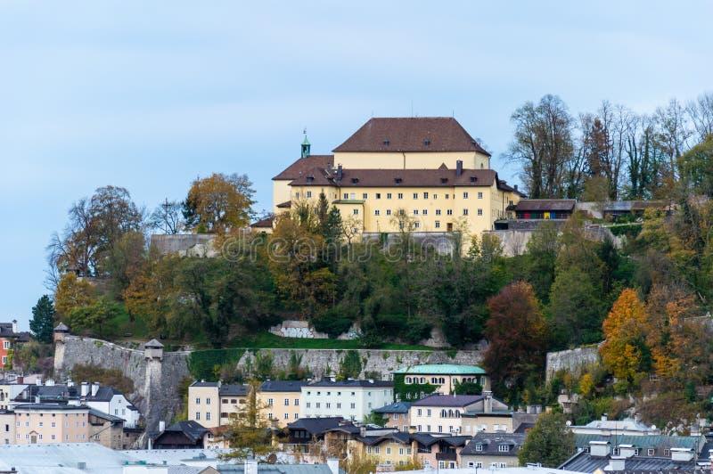 Вид с воздуха город Зальцбурга, Австрии стоковые фотографии rf