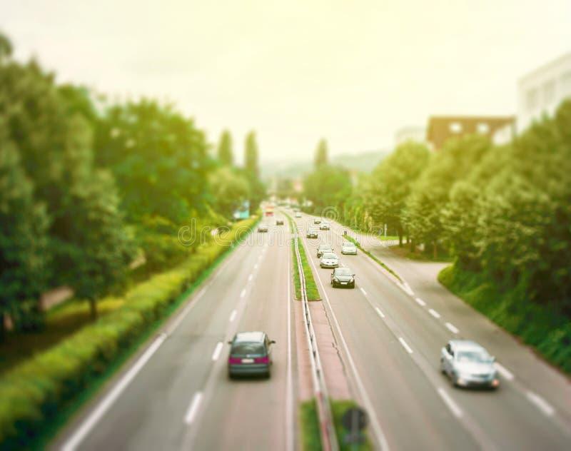 Вид с воздуха дня правого шоссе шоссе солнечного стоковое фото rf