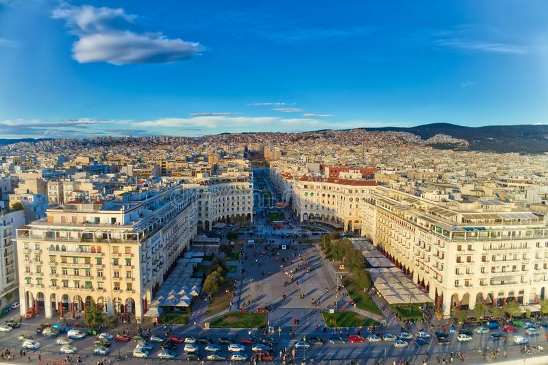 Вид с воздуха известного квадрата Aristotelous в shortl Thessaloniki стоковое фото