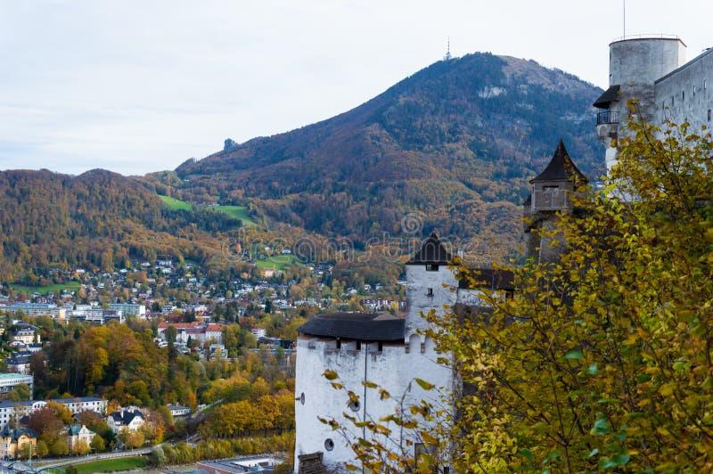 Вид с воздуха исторического города Зальцбурга, Австрии стоковое изображение rf