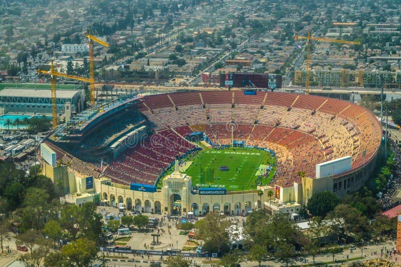Вид с воздуха Колизея Лос-Анджелеса мемориальный стоковое фото rf