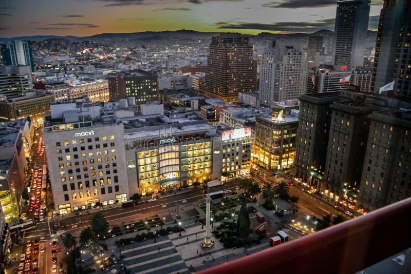 Вид с воздуха к флагманскому магазину ` s Macy на квадрате соединения стоковые фото
