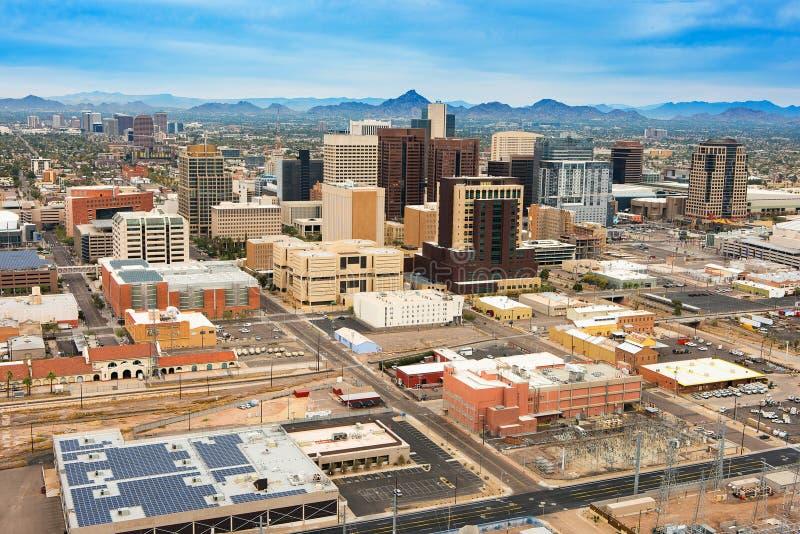 Вид с воздуха над городским Фениксом, Аризоной стоковые фотографии rf