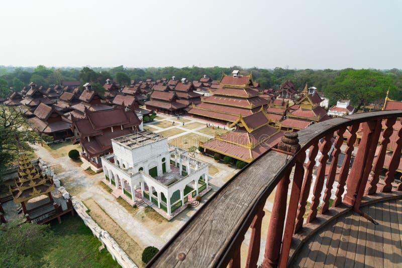Вид с воздуха над задворк королевского дворца Мандалая, Мьянмой стоковое фото rf