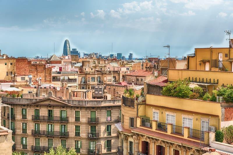 Вид с воздуха над крышами центральной Барселоны, Каталонии, s стоковое фото
