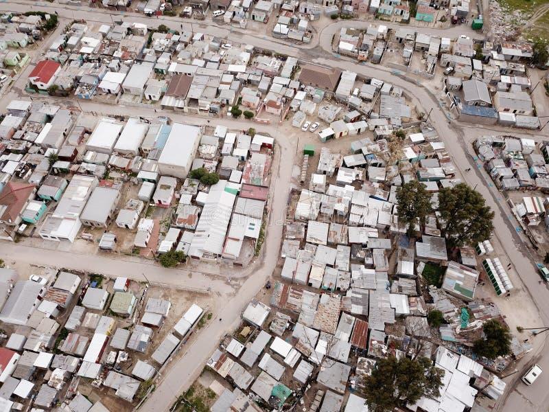 Вид с воздуха над южно-африканским посёлком стоковое изображение