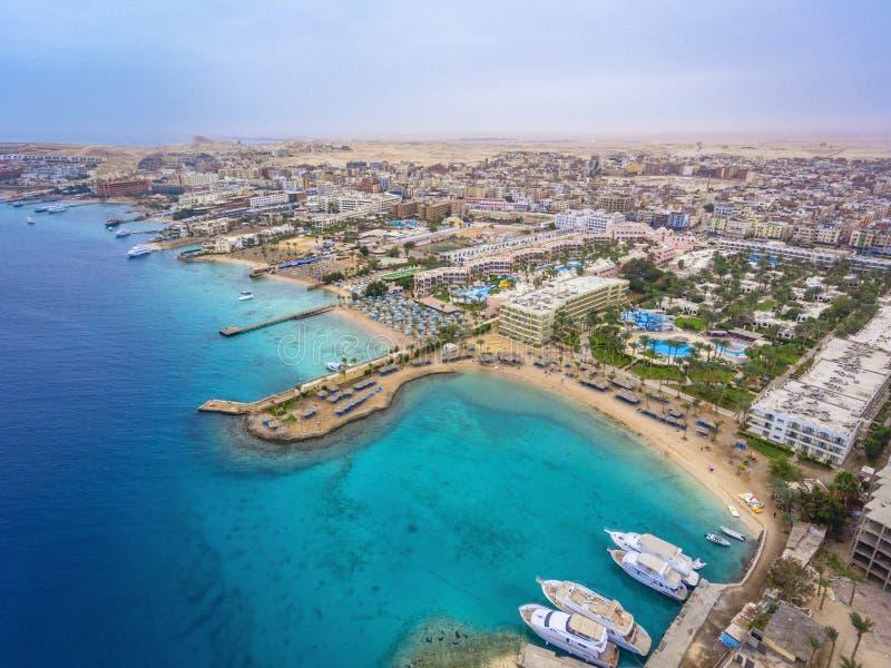 Вид с воздуха на городке Hurghada, Египте стоковые фото