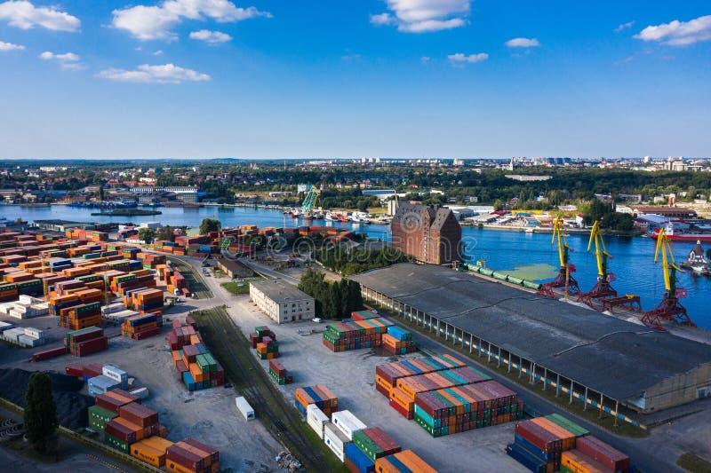 Вид с воздуха на промышленный порт Калининграда стоковое фото rf