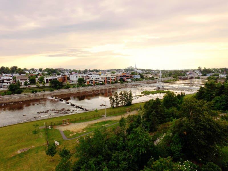 Вид с воздуха обузданного реки стоковое фото