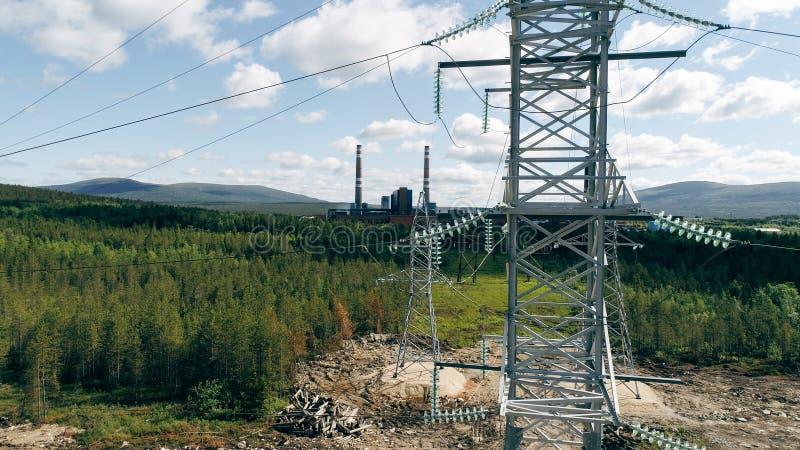 Вид с воздуха опор электричества стоковая фотография