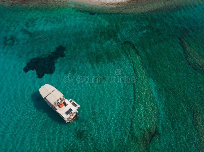 Вид с воздуха острова Kounoupa стоковое изображение rf