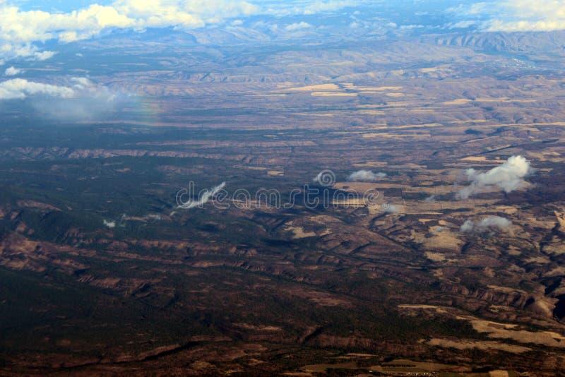Вид с воздуха от коммерчески самолета на пути от Портленда, Орегона к Даллас Техасу стоковые фотографии rf