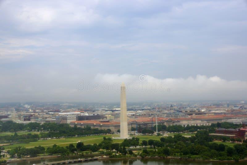 Вид с воздуха памятника Вашингтона стоковые изображения