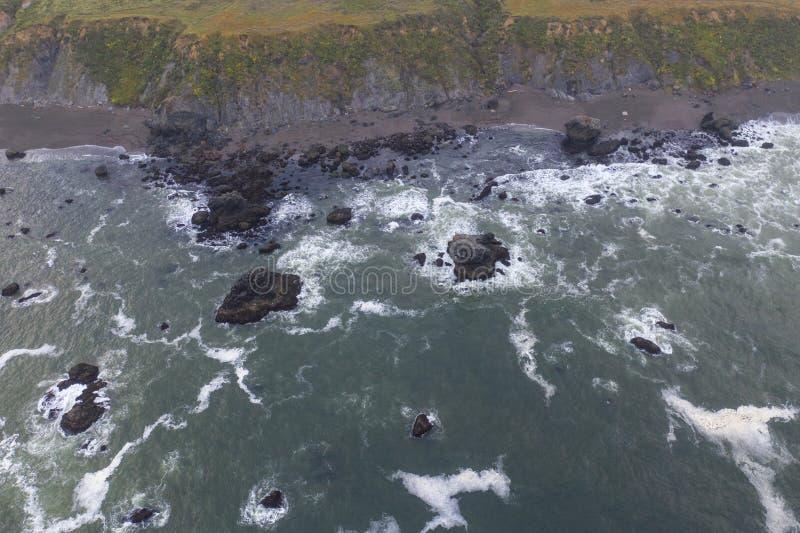 Вид с воздуха побережья Тихого океана и Калифорния стоковое фото
