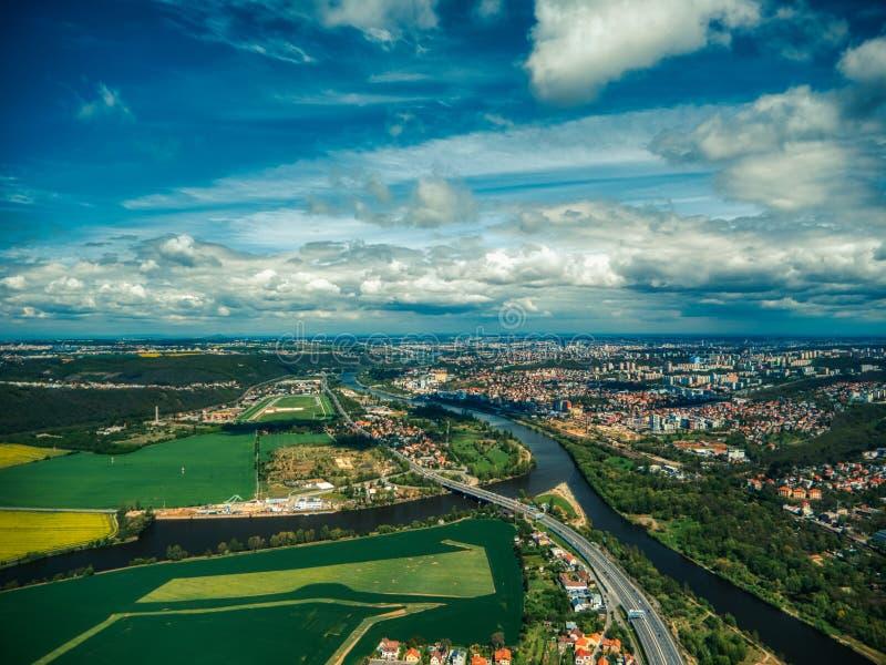Вид с воздуха поля плантации стоковые изображения