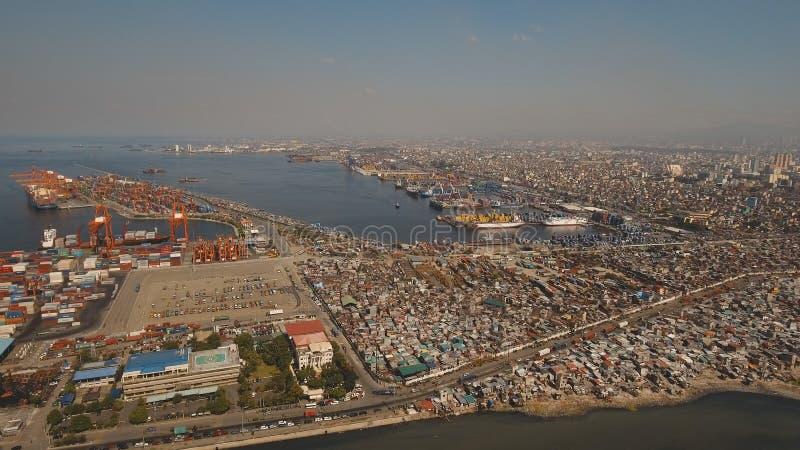 Вид с воздуха порта груза промышленный manila philippines стоковая фотография