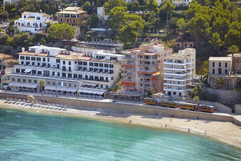 Вид с воздуха Порта de Soller, Мальорка стоковые фото