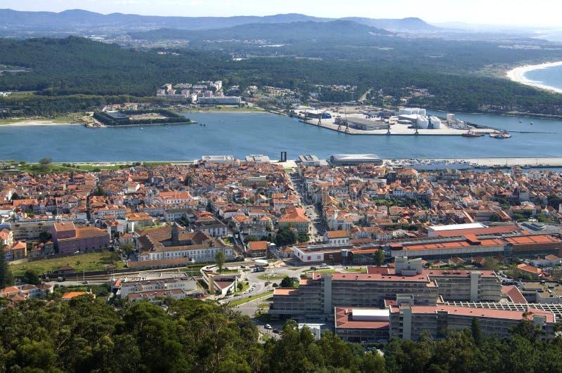 Вид с воздуха португальского города Viana do Castelo стоковая фотография