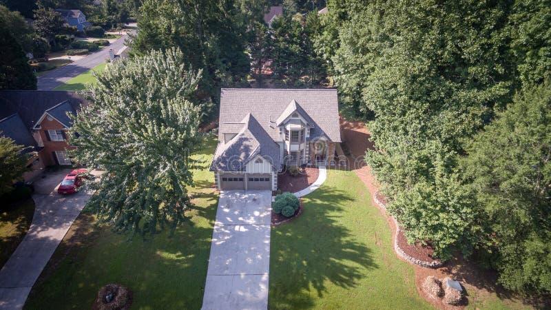 Вид с воздуха типичного дома в южных Соединенных Штатах стоковое фото rf