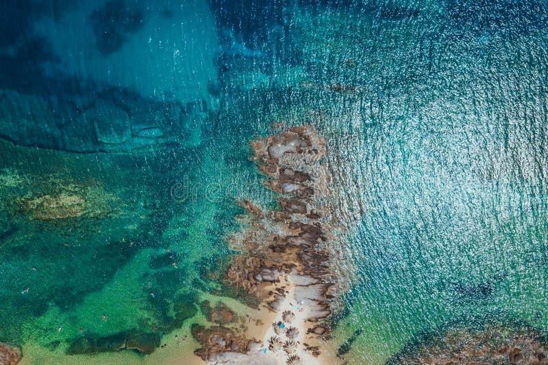 Вид с воздуха тропического пляжа стоковые изображения rf