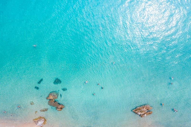 Вид с воздуха тропического пляжа стоковая фотография