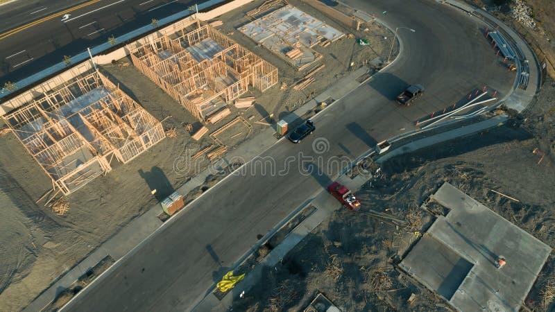 Вид с воздуха трутня домашних учреждений и рамок строительной площадки стоковая фотография