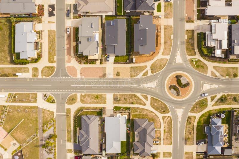 Вид с воздуха улиц, крыш и карусели стоковые изображения rf