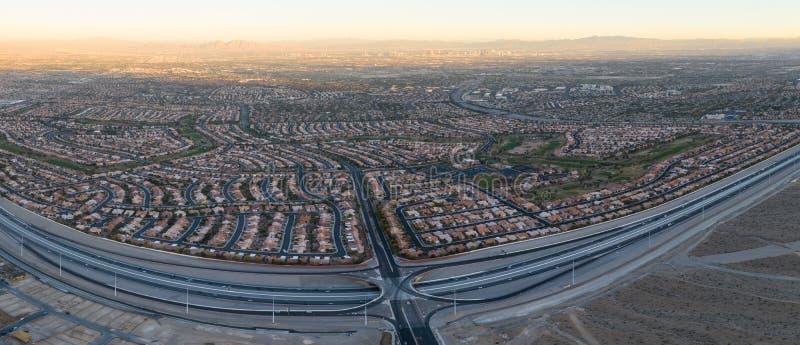 Вид с воздуха урбанизаций около Лас-Вегас, NV стоковое фото