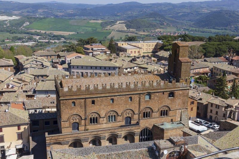 Вид с воздуха церков на Orvieto Terni r стоковое фото rf