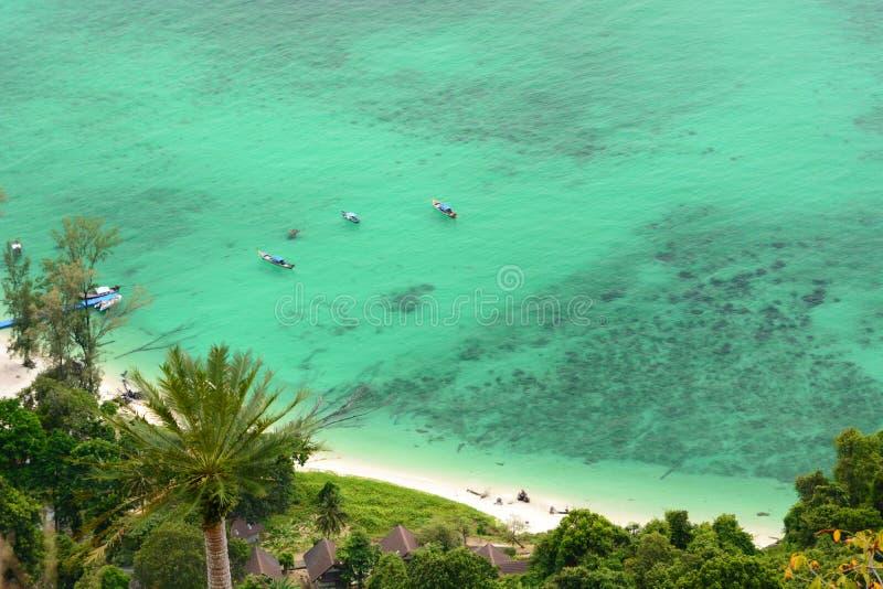 Вид с воздуха южного пляжа Ko Adang Провинция Satun Таиланд стоковые фото