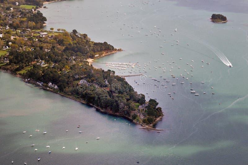 """Вид с воздуха Pointe d """"Arradon в заливе Морбиана стоковая фотография"""
