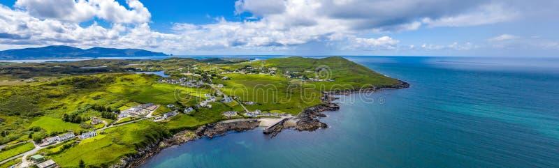 Вид с воздуха Portnoo в графстве Donegal, Ирландии стоковое изображение