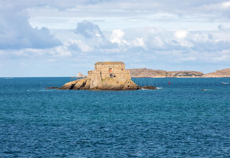 Вид Форт-Ду-Пети-Бе В Сен-Мало Бриттани, стоковое изображение