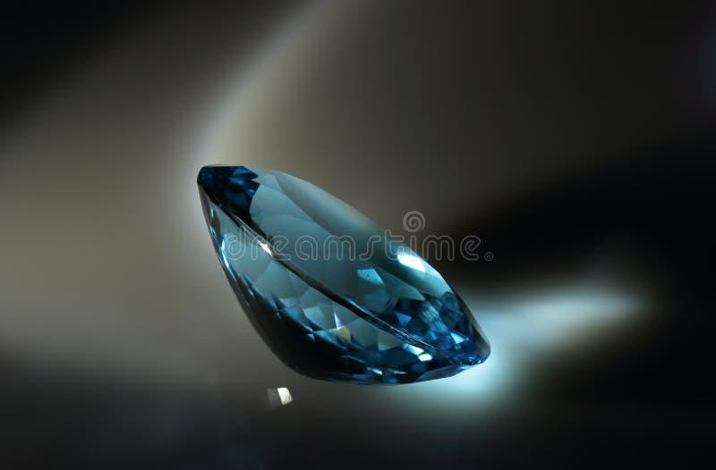 визуализирование vhq голубого topaz gemstones формы каталога овального годное к употреблению стоковое изображение rf