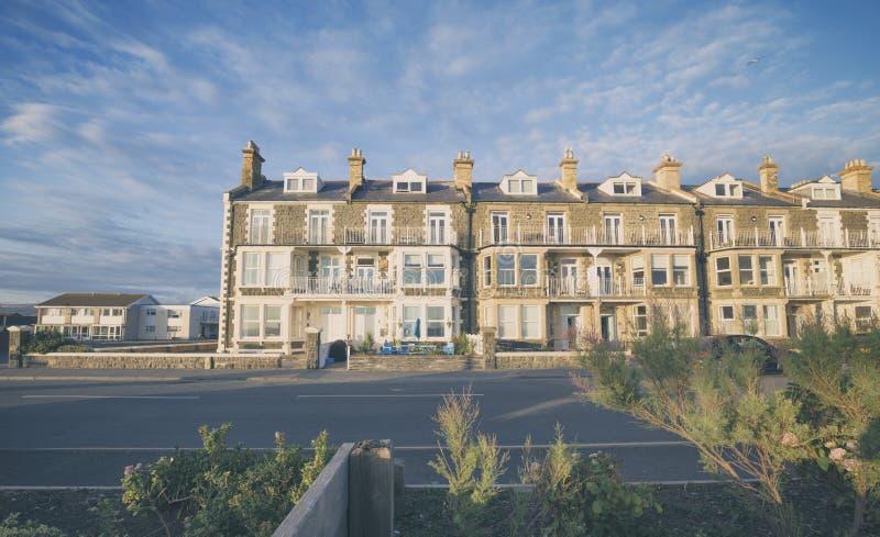 Викторианские дома стиля в прибрежном Уэльсе стоковые изображения