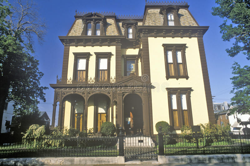 Викторианский дом в Evansville, Индиане стоковые фото
